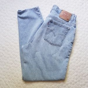 Vintage Levi's 550 mom jeans tapered high rise